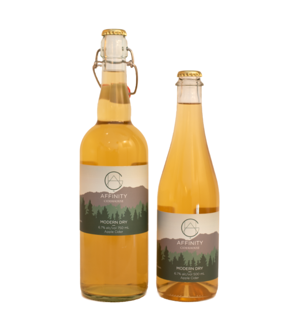 Bottles of Modern Dry apple cider in both 750 and 500 ml